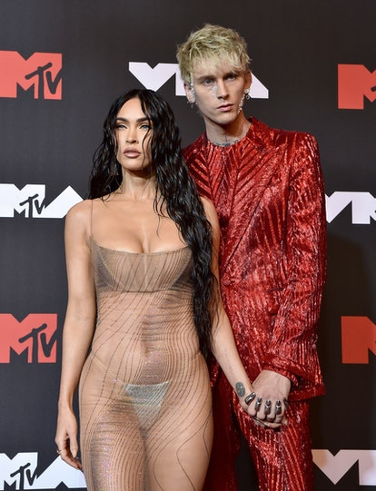 This Machine Gun Kelly and Megan Fox couples costume for Halloween is a great way to pay tribute to ...