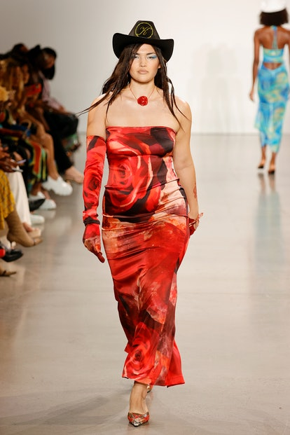 NEW YORK, NEW YORK - SEPTEMBER 12: A model walks the runway for Kim Shui during NYFW: The Shows at G...