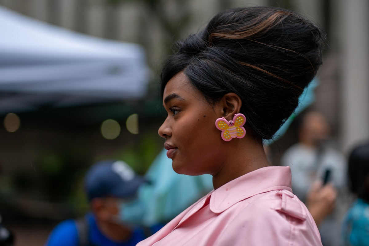 New York Fashion Week's Best Beauty Trends: The bouffant hairstyle at Moschino Spring/Summer 2022.