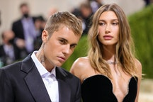 NEW YORK, NEW YORK - SEPTEMBER 13: Justin Bieber and Hailey Bieber attend The 2021 Met Gala Celebrat...