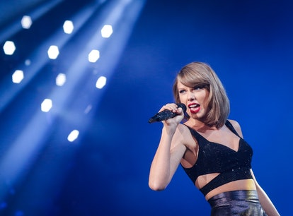 """These tweets about Taylor Swift's """"Wildest Dreams"""" re-release are all asking one question."""