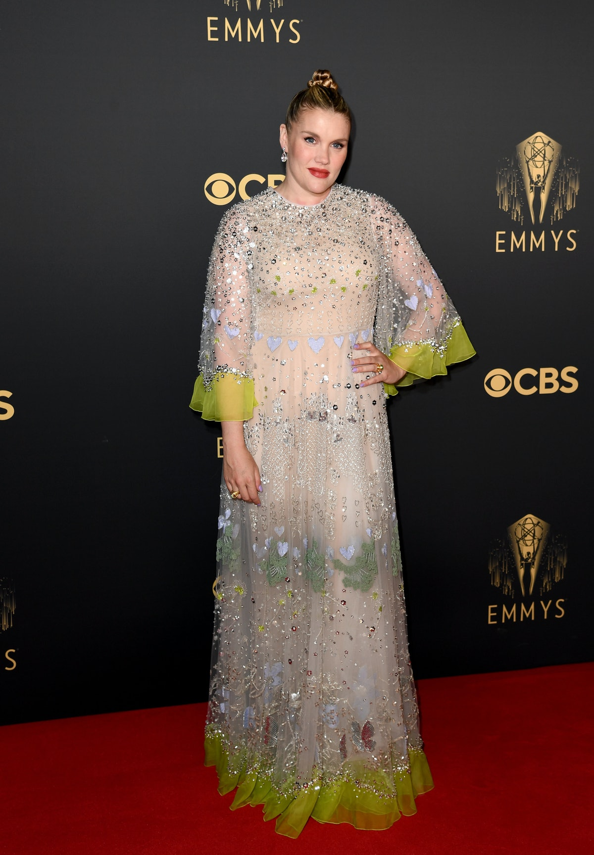 """لندن ، انگلستان - 19 سپتامبر: زمرد فنل در آن شرکت می کند """"تاج"""" هفتاد و سومین مراسم Emmy Celebra ..."""