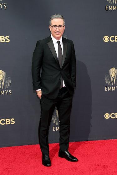 LOS ANGELES, CALIFORNIA - SEPTEMBER 19: John Oliver attends the 73rd Primetime Emmy Awards at L.A. L...