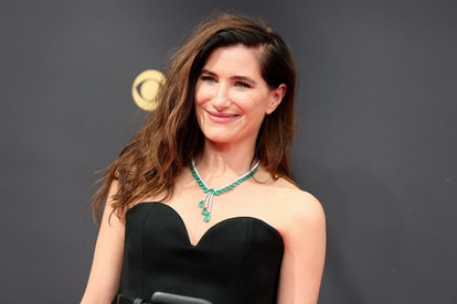 LOS ANGELES, CALIFORNIA - SEPTEMBER 19: Kathryn Hahn attends the 73rd Primetime Emmy Awards at L.A. ...