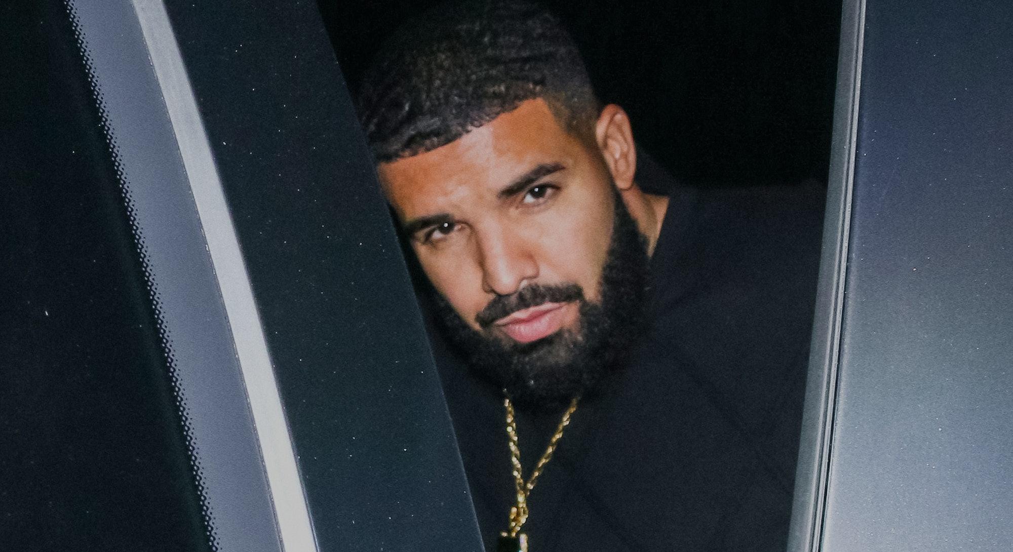 LOS ANGELES, CA - SEPTEMBER 21: Drake is seen on September 21, 2019 in Los Angeles, California.  (Ph...
