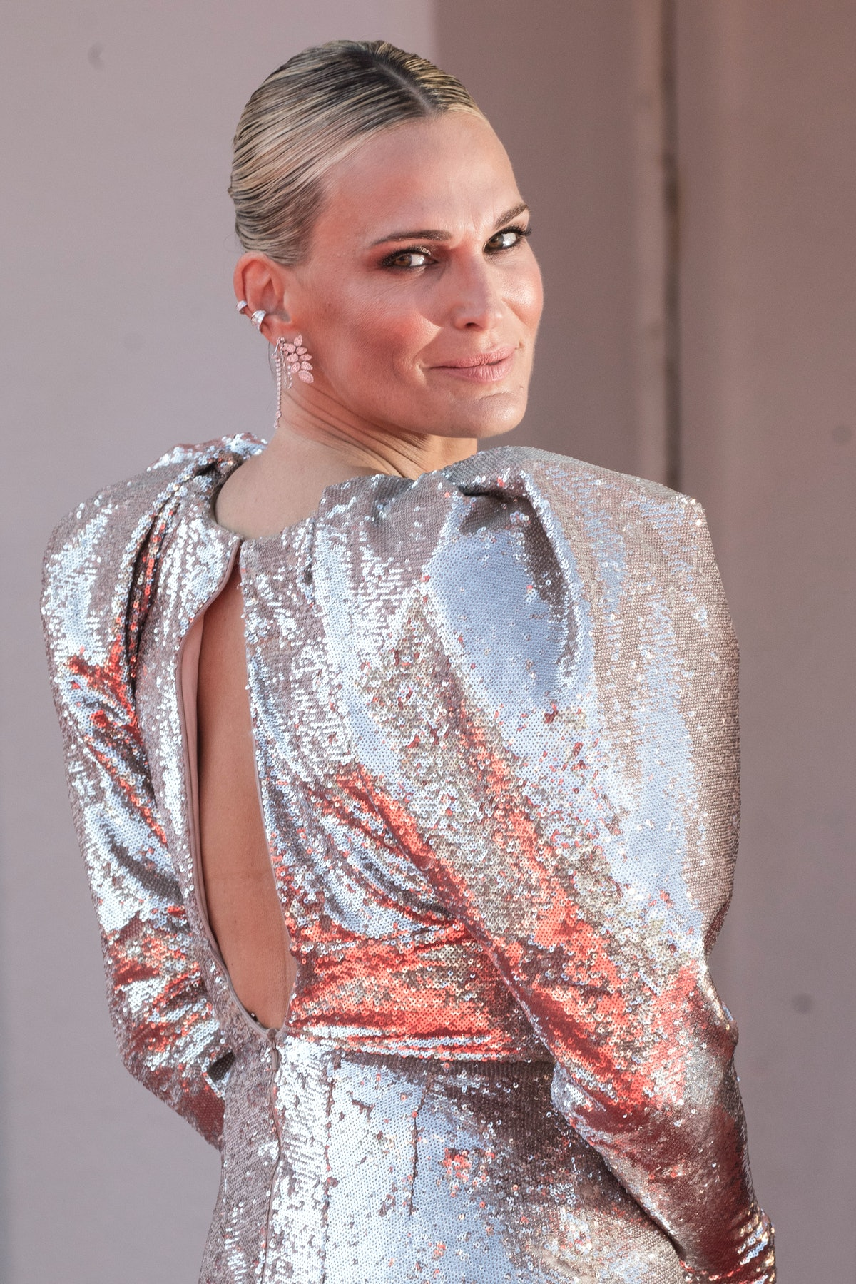 """VENICE, ITALY - SEPTEMBER 02:  Molly Sims attends the red carpet of the movie """"The Power Of The Dog""""..."""