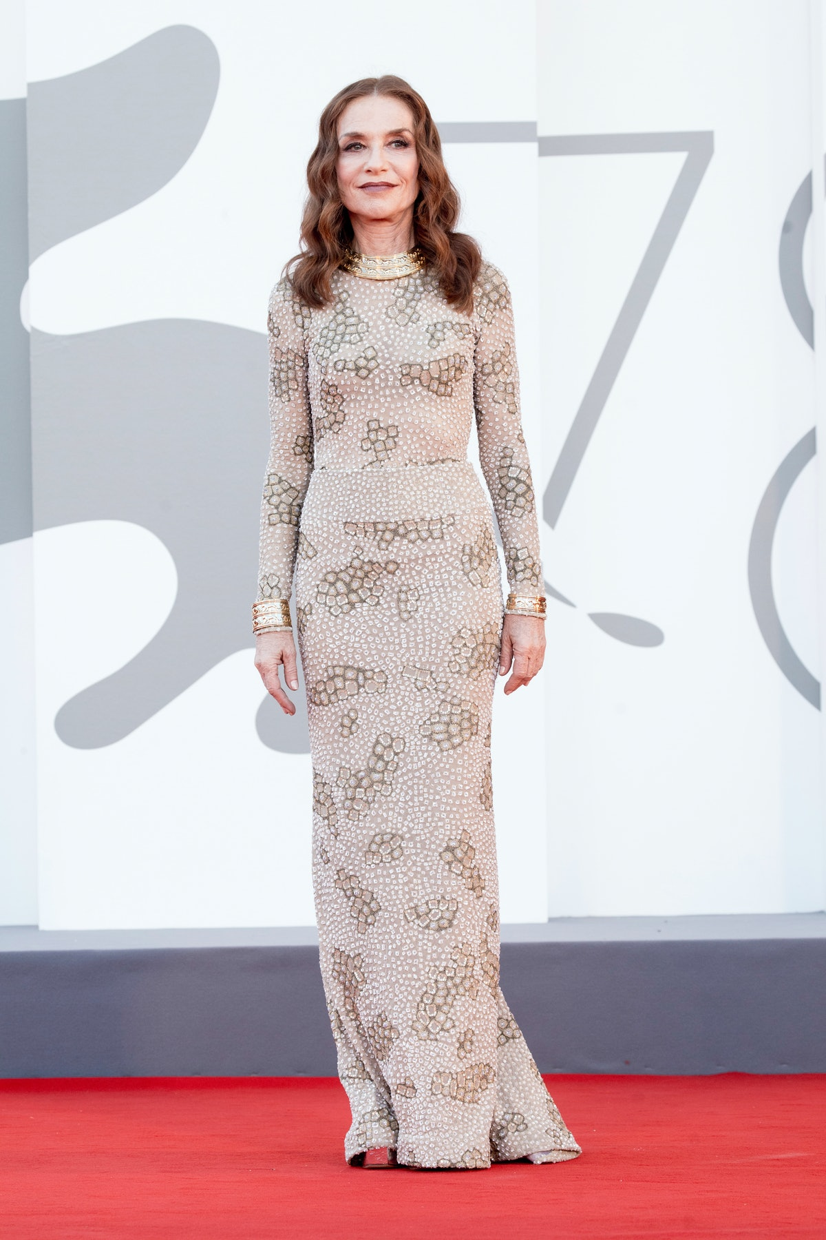 """VENICE, ITALY - SEPTEMBER 01:  Isabelle Huppert attends the red carpet of the movie """"Madres Paralela..."""