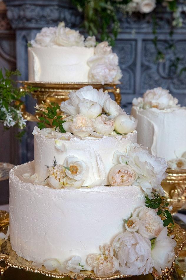 Meghan Markle and Prince Harry chose a  lemon elderflower cake.