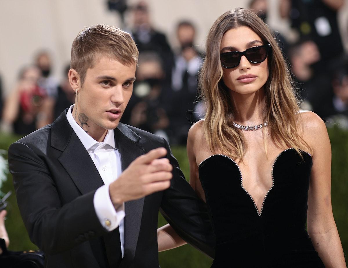 NEW YORK, NEW YORK - SEPTEMBER 13:  Justin Bieber and Hailey Bieber attend The 2021 Met Gala Celebra...