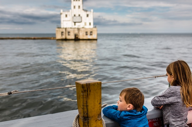 Kids playing by Lake Michigan