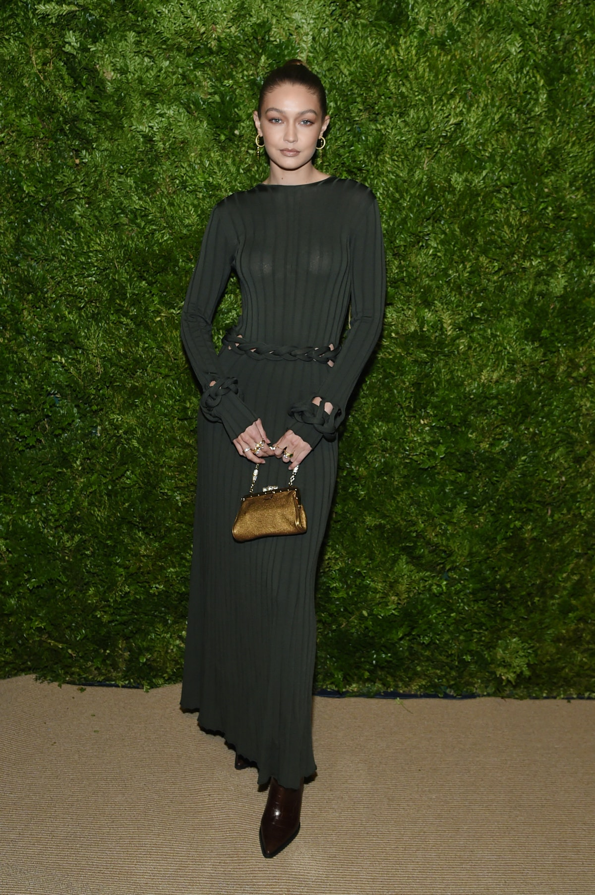 NEW YORK, NEW YORK - NOVEMBER 04: Gigi Hadid attends the CFDA / Vogue Fashion Fund 2019 Awards at Ci...