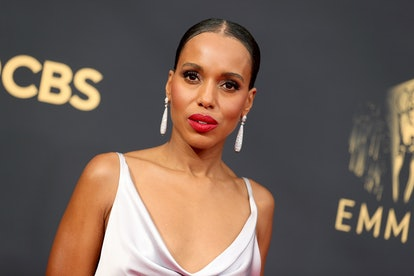 LOS ANGELES, CALIFORNIA - SEPTEMBER 19: Kerry Washington attends the 73rd Primetime Emmy Awards at L...
