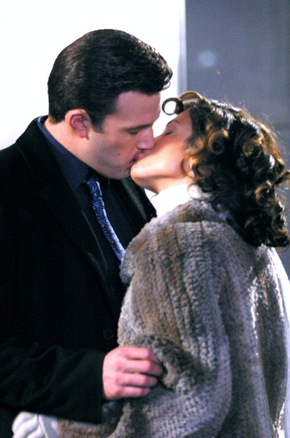 Dress like Jennifer Lopez and Ben Affleck in the Jersey Girl movie for Halloween.