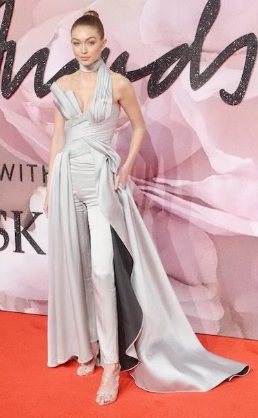 Gigi Hadid attends The Fashion Awards 2016 on December 05, 2016 in London, United Kingdom.