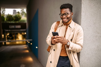 These are the perfect questions to text your crush to see if you vibe.