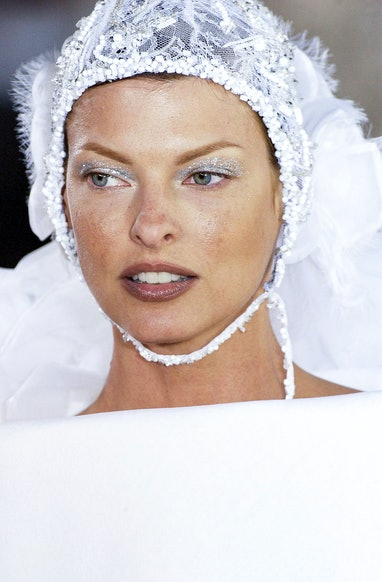 PARIS, FRANCE  - JULY 07: Linda Evangelista walks the runway during the Chanel Haute Couture Fall/Wi...