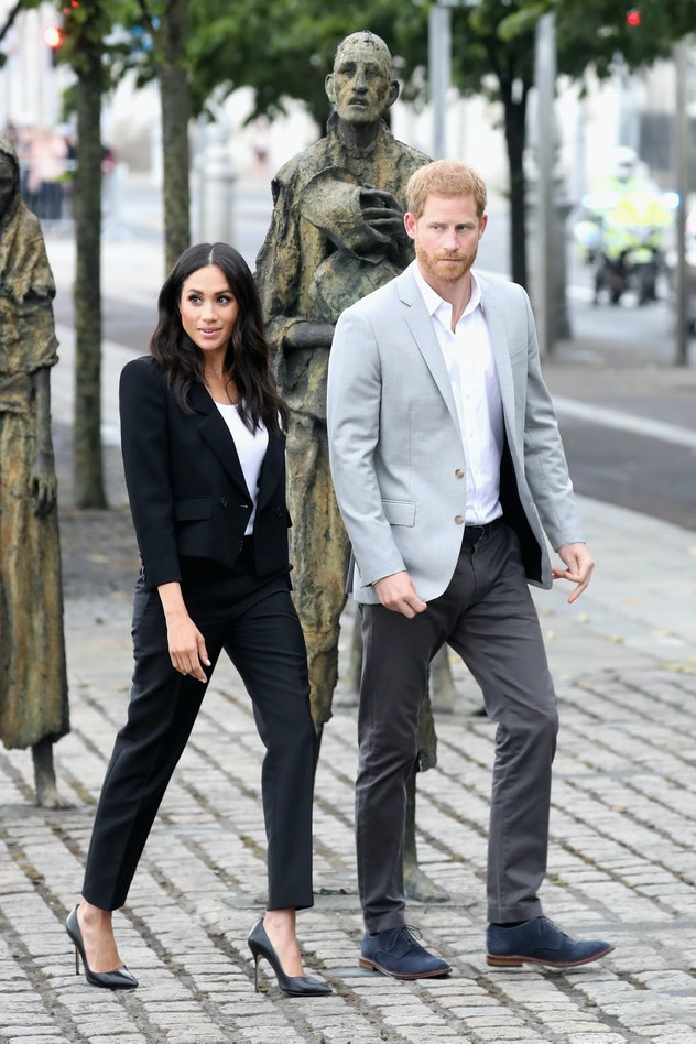A blazer and a t-shirt is a perfect look for Markle.