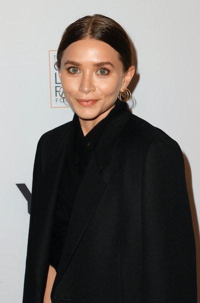 BEVERLY HILLS, CALIFORNIA - SEPTEMBER 23:Ashley Olsen attends YES 20th Anniversary Celebration Honor...