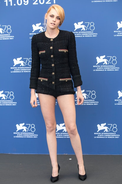 """VENICE, ITALY - SEPTEMBER 03:  Kristen Stewart attends the photocall of """"Spencer"""" during the 78th Ve..."""