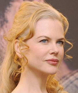 Australian actress Nicole Kidman poses during the photocall of Australia on December 4, 2008 at the ...