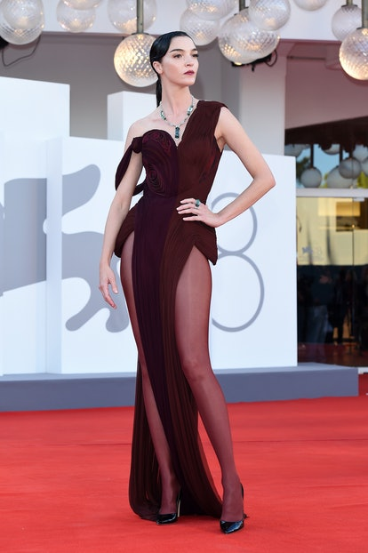 """VENICE, ITALY - SEPTEMBER 01:  Maria Carla Boscono attends the red carpet of the movie """"Madres Paral..."""