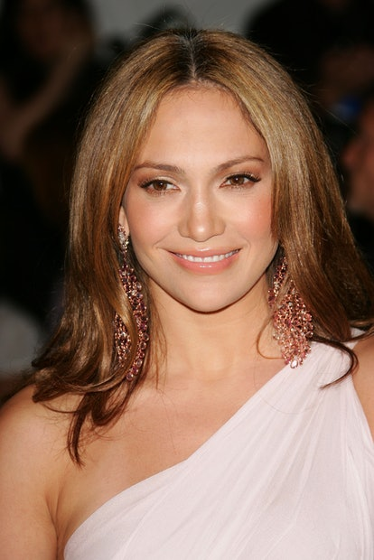 Jennifer Lopez's easy and slick 'do at the 2006 Met Gala.
