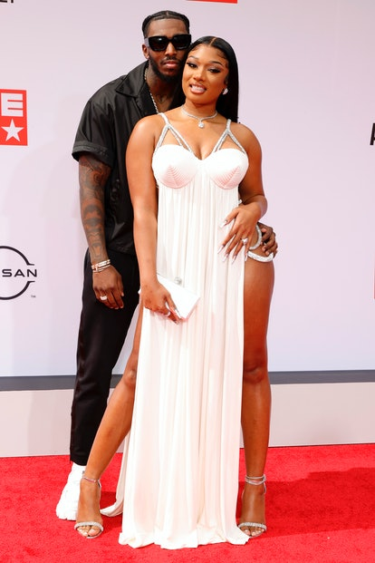 Dress as celebrity couple Megan thee Stallion and Pardison Fontaine for Halloween