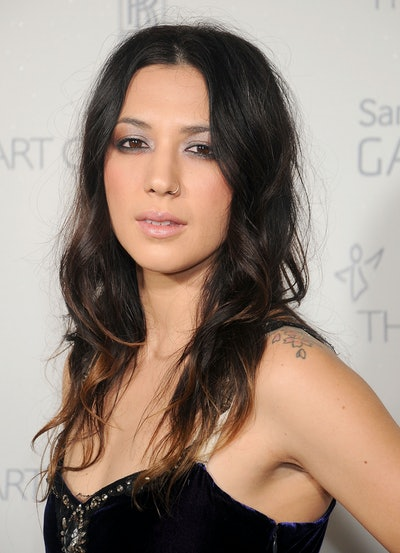SANTA MONICA, CA - JANUARY 10:  Singer Michelle Branch arrives at The Art Of Elysium's 8th Annual He...