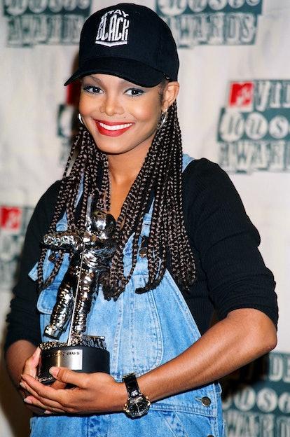 Janet Jackson during 1994 MTV Video Music Awards with box braids.
