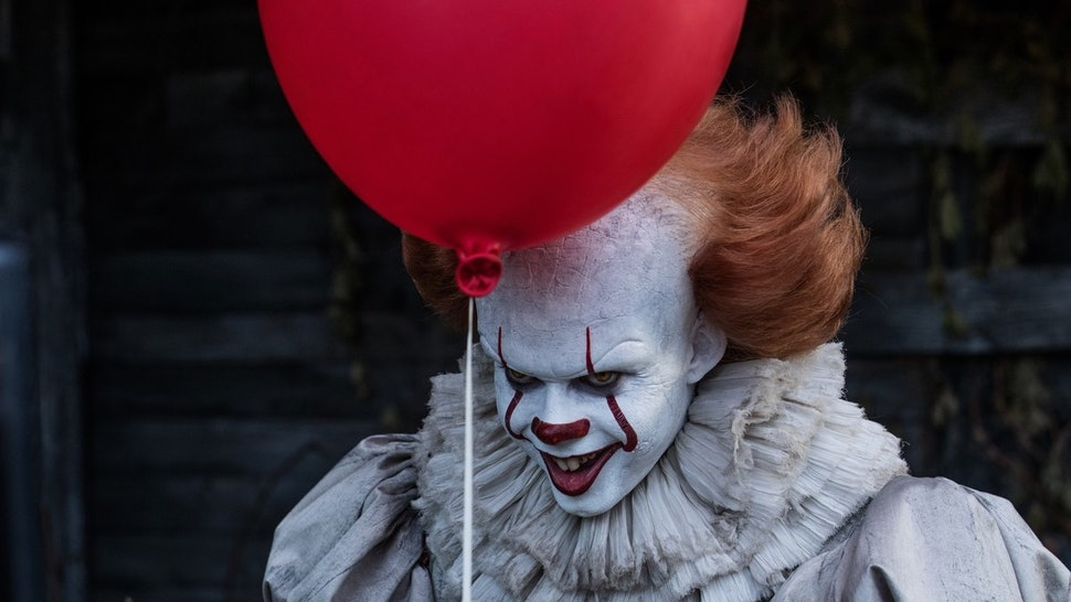 This Sexy Pennywise Halloween Costume Is A Lot
