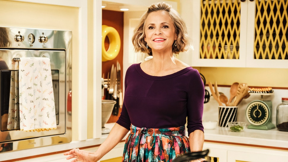 Why At Home With Amy Sedaris Is The Lifestyle Show Unapologetically Crafty Feminists Have Been Waiting For