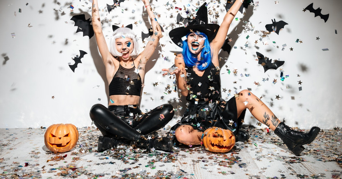 90 Hashtags For Halloween 2019 When You're Hanging With Your Boos