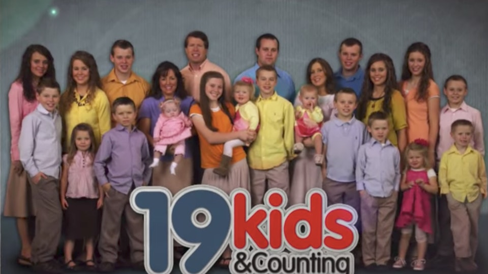 Which Duggars Are Married This Family Loves Their Autumn