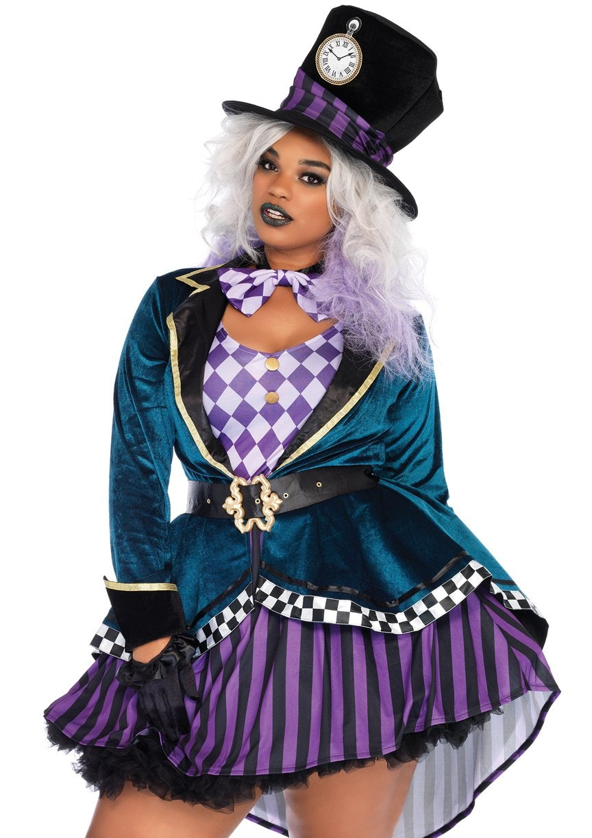 7725993750 17 Plus Size Halloween Costumes That Aren t Just Watered Down Versions Of  Their Straight Size Counterparts