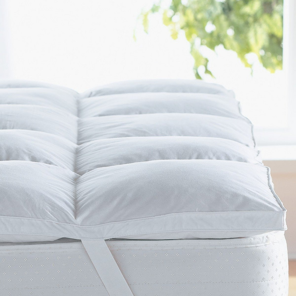 3a plush down alternative mattress topper