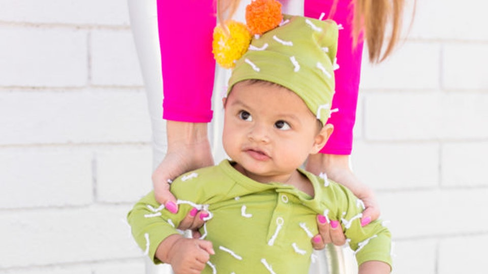 9 onesie halloween costumes you can buy or make because your baby legit doesnt care
