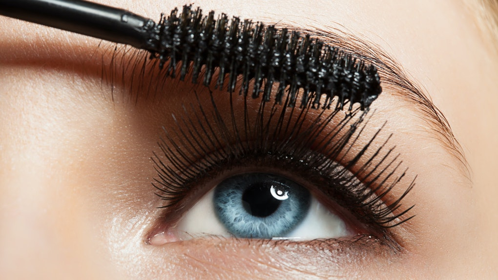 5bc01cf5676 The 6 Best Magnetic Eyelashes You Need To Try ASAP
