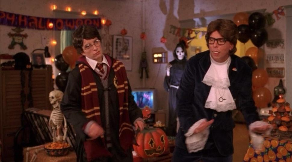 Halloween Best Friend Costume Ideas | Punny 2017 Best Friend Halloween Costume Ideas That Are Actually Funny