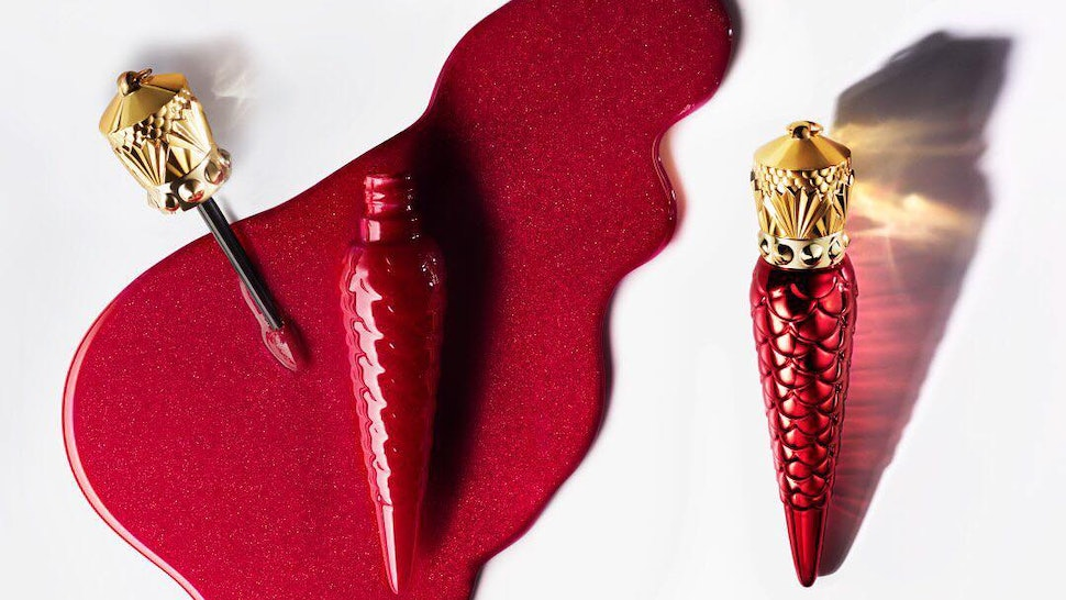 Christian Louboutin S 90 Lipstick Ornament Is The Luxury Holiday