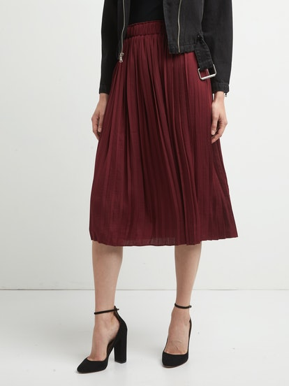 Pleated Midi Skirt in Red Delicious