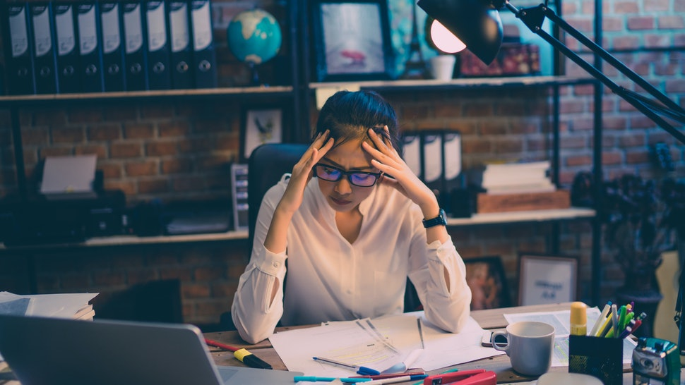 9 Signs Your Job Is Toxic Without You Realizing It