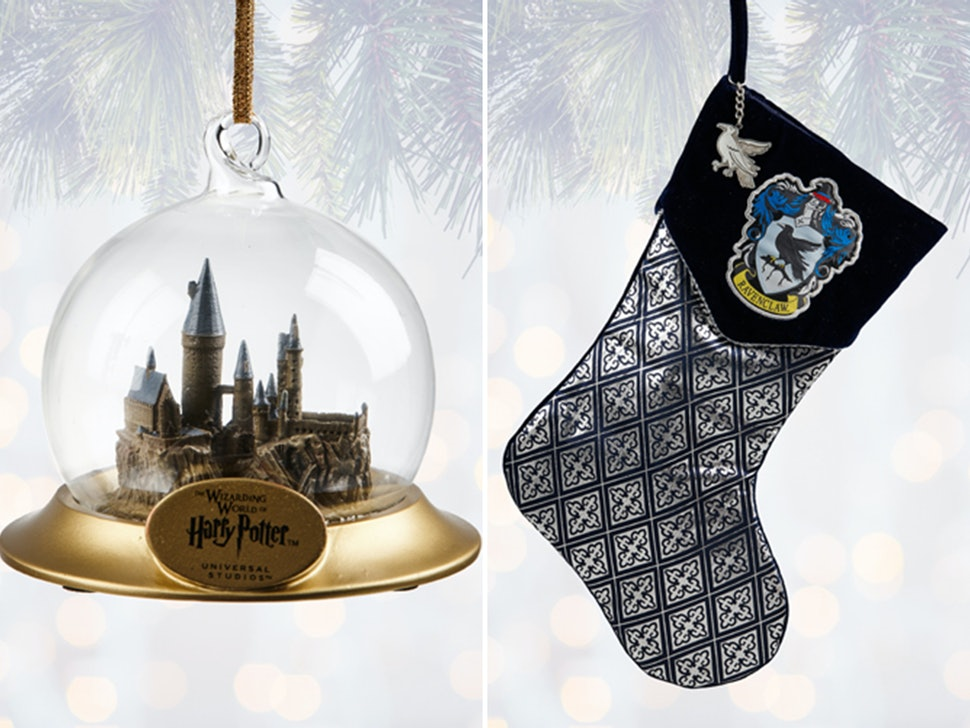 Heres All The Harry Potter Christmas Decorations You Can Buy At Wizarding World