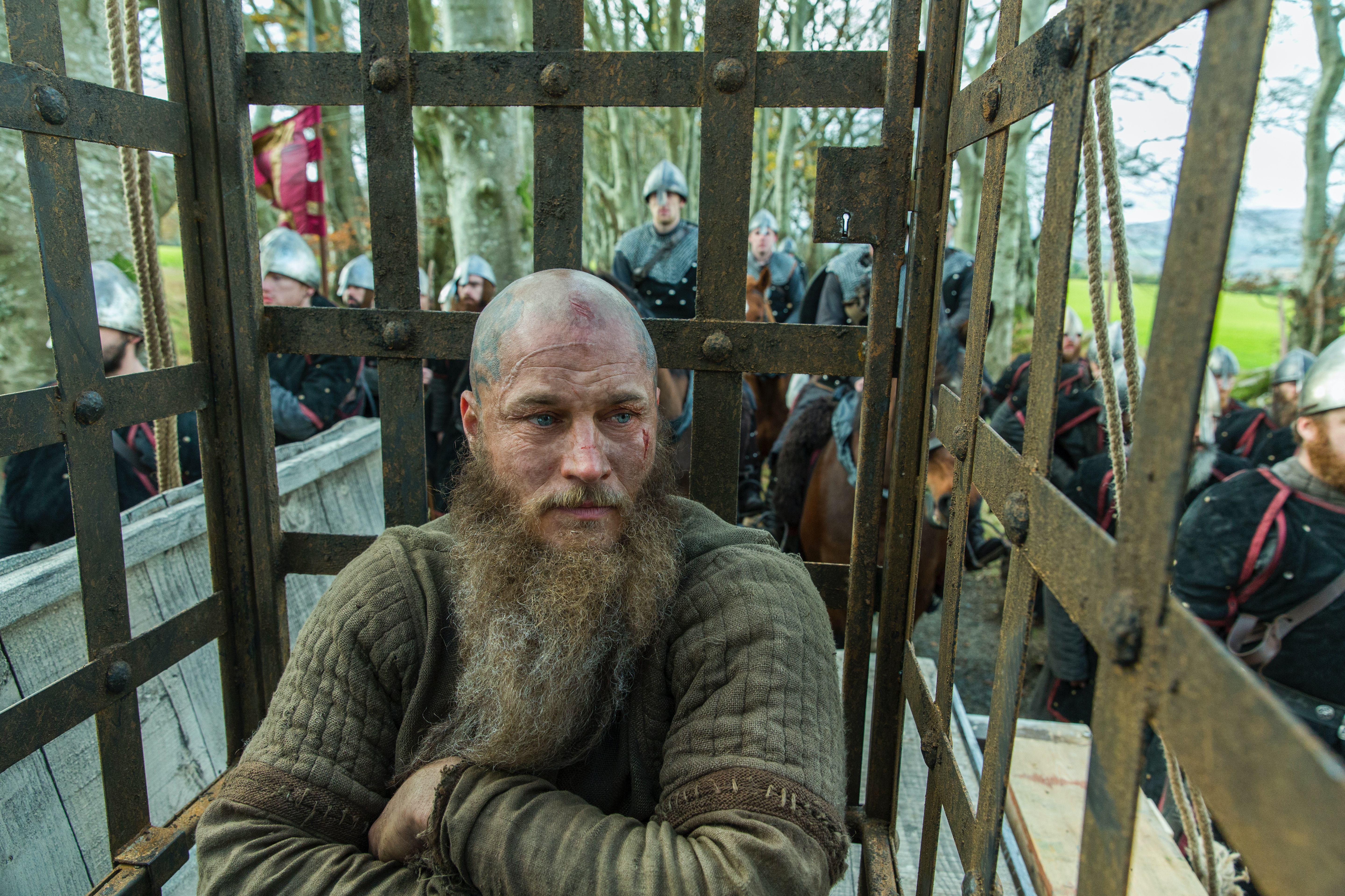 Will Ragnar Ever Return To Vikings His Death Doesn T Necessarily Mean The Character Is Gone For Good