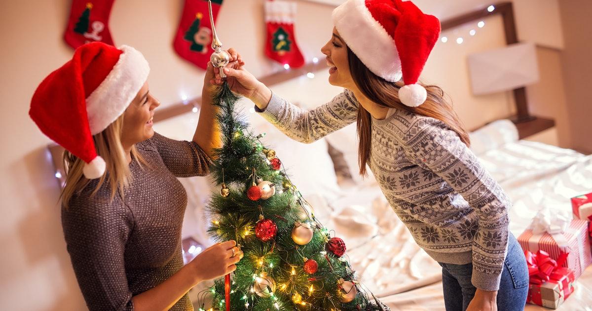 20 Christmas Decoration Instagram Captions For Santa's Helpers