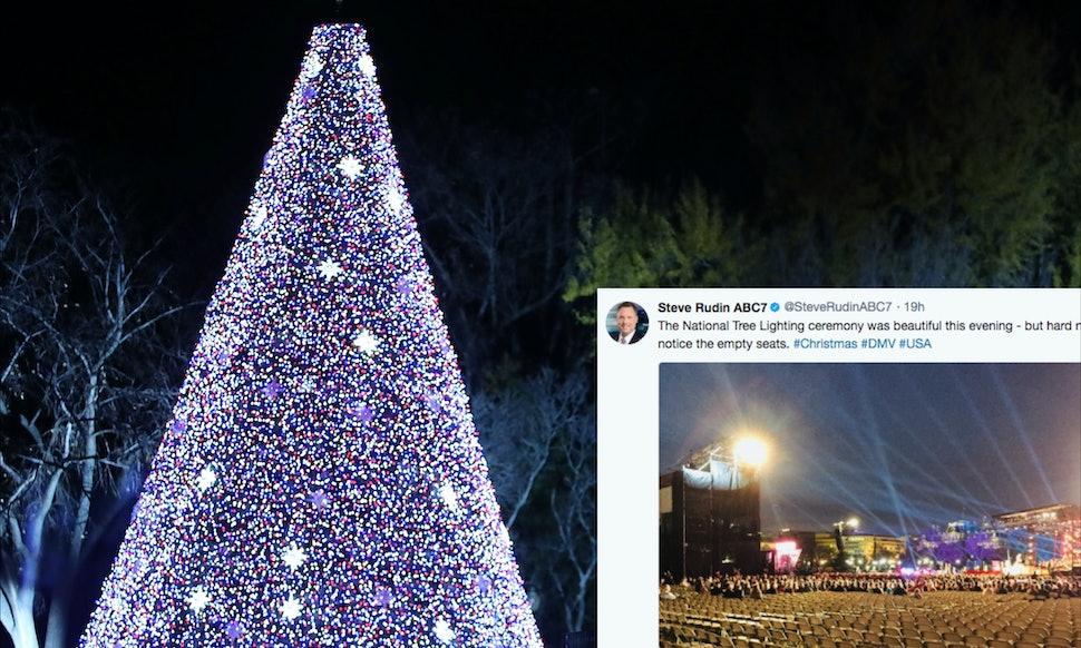 photos of trumps christmas tree lighting are all kinds of awkward