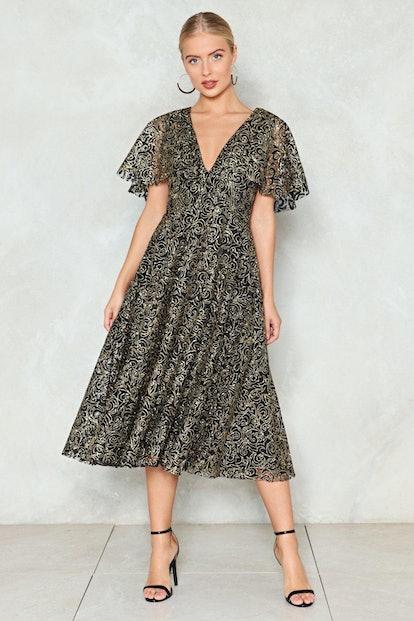 Cape Going Glitter Dress