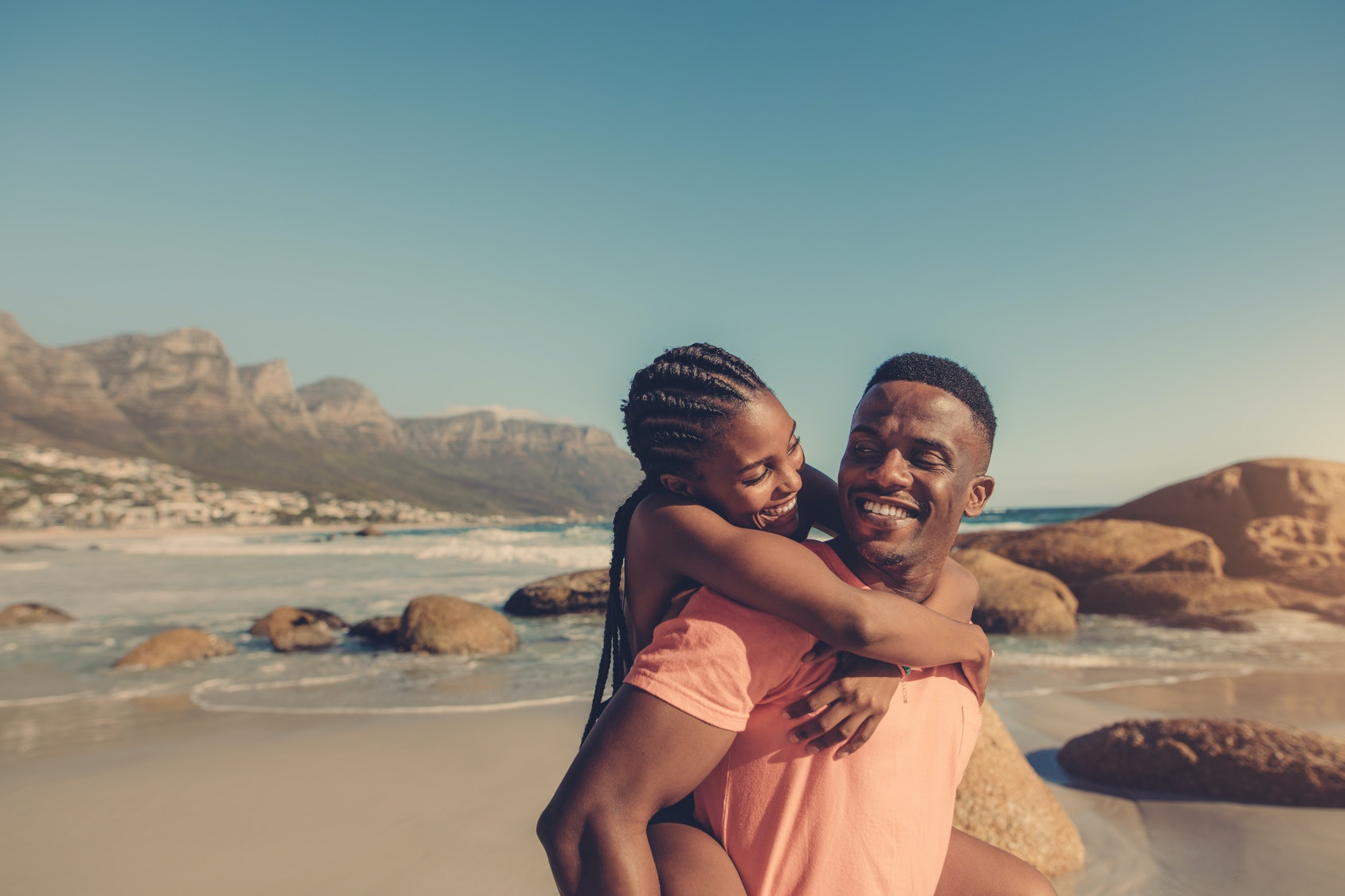 1,500 People Share the Secrets ofHappy Relationships