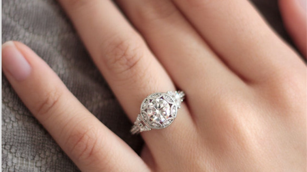 6 Christmas Engagement Rings Under $200 That'll Make You