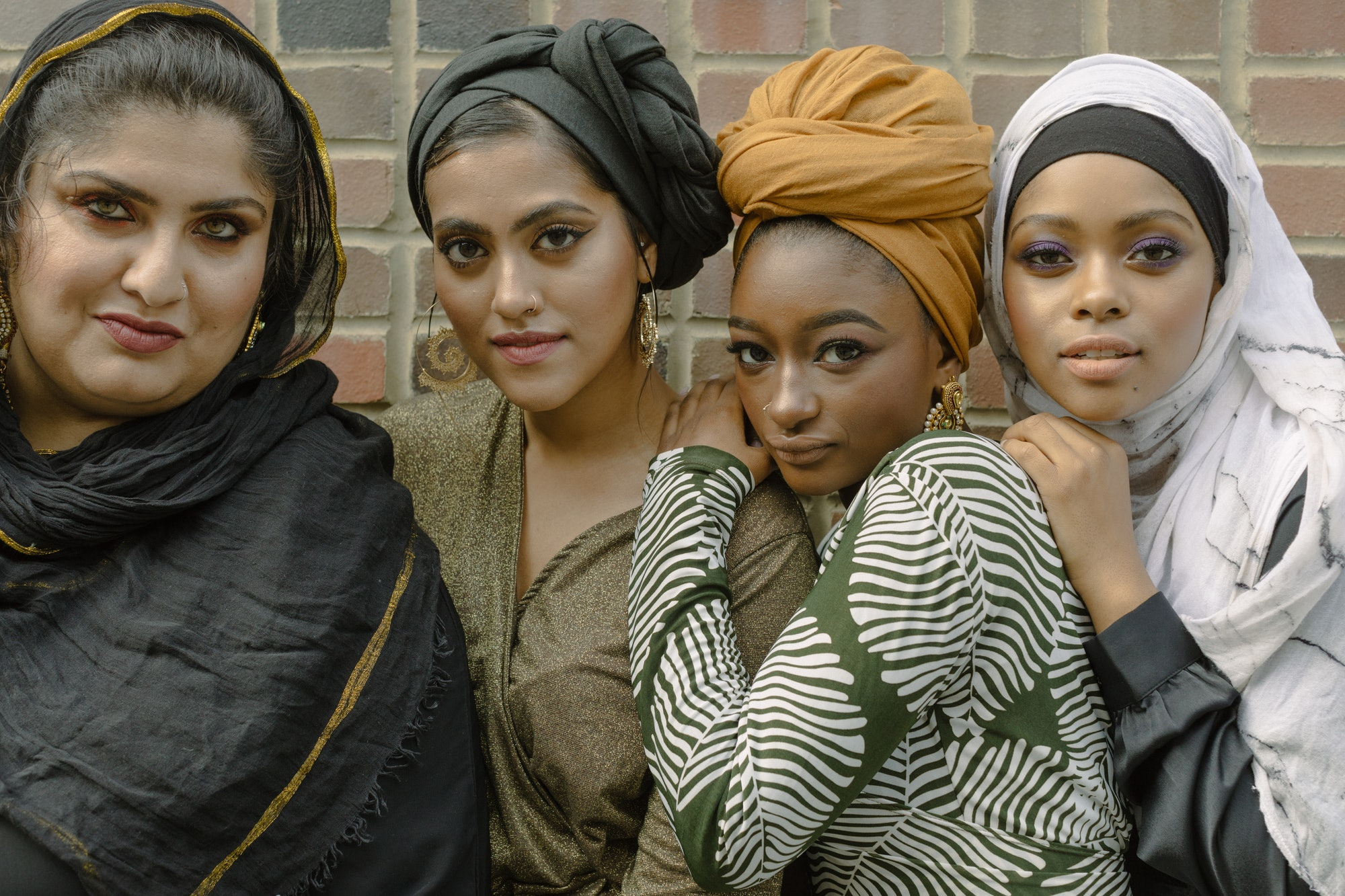 clarendon hills muslim single women A monk (/ m ʌ ŋ k /, from greek: μοναχός, monachos, single, solitary via latin monachus) is a person who practices religious asceticism by monastic living, either alone or with any number of other monks.