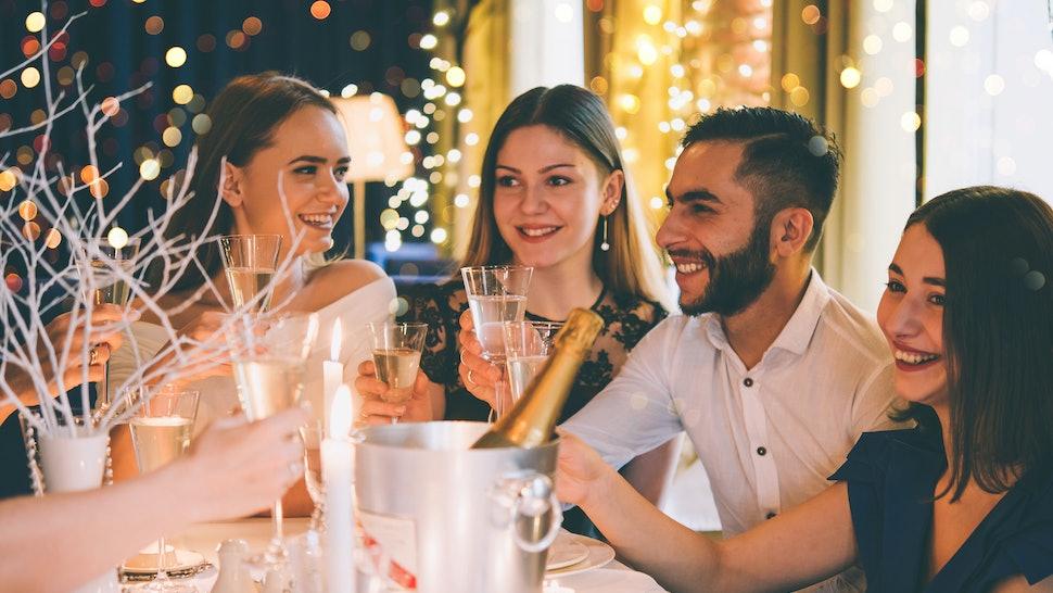 Polyamory gift og dating triade